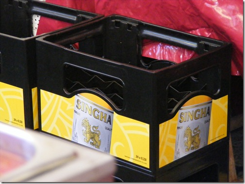 voting, int'l market 2012 044