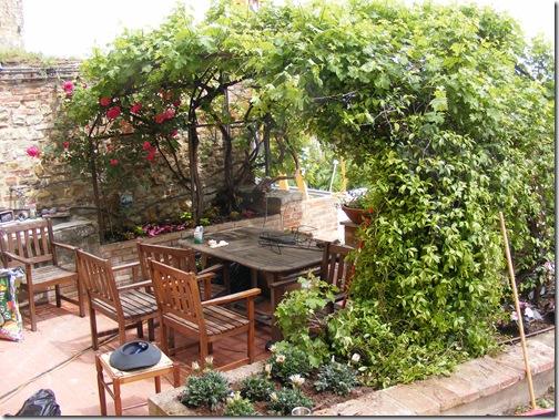 Dinah's garden 005